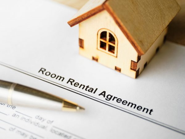 The document Room Rental Agreement is ready for signing.